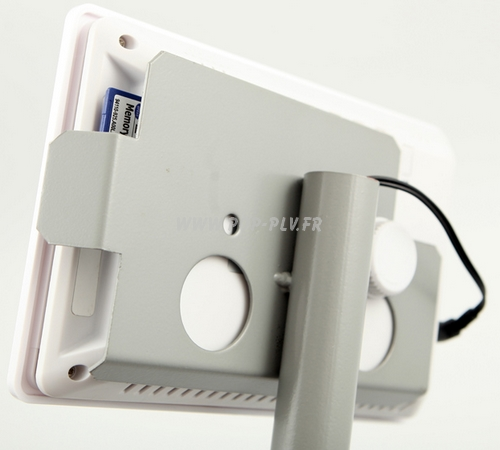 """Ecran Lcd vidéo-player sur pied - gamme """"Stand * vue arrière avec la carte mémoire."""