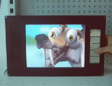 """écrans plats """"Supermarket Caméleo"""" vue de la face avant avec les boutons de commande"""