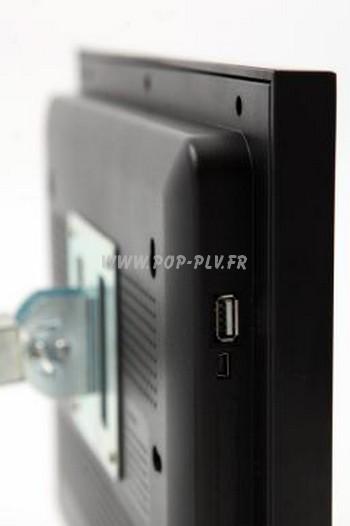 """écran Lcd vidéo player gamme """"Primo-One"""" 10 pouces : vue de côté, port USB avec fixation au dos- affichage dynamique."""