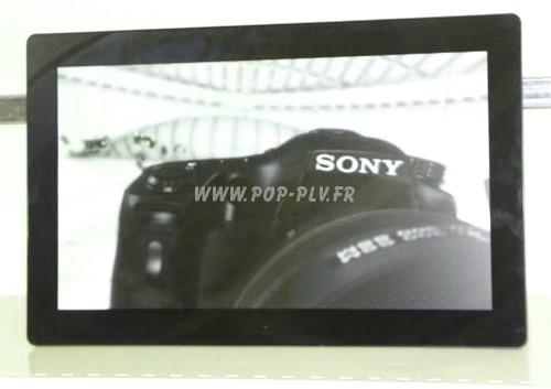 """communication publicitaire display - écran haute résolution - gamme """"Primo-One"""" 18,5 pouces, vue de face. -"""