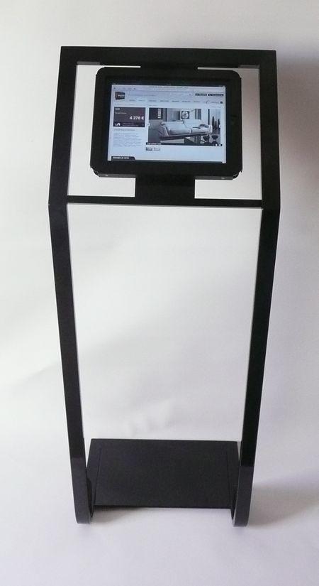 média player - écran Lcd monté sur support