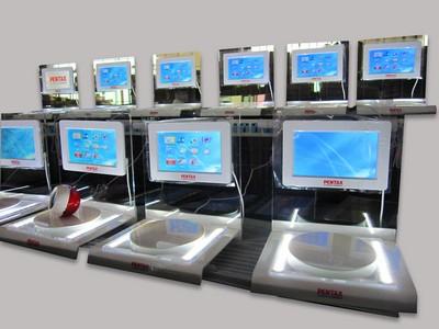 présentoir rotatif - présentoir avec écran vidéo pour affichage publicitaire